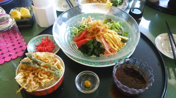 冷やし中華+ミニかき揚げ丼(ベルエアカントリークラブ)