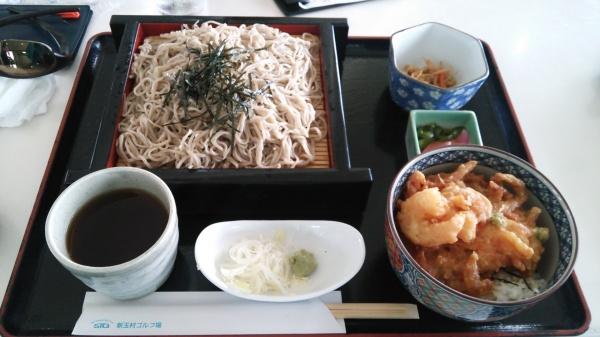 せいろ蕎麦とかき揚げ丼(新玉村ゴルフ場)